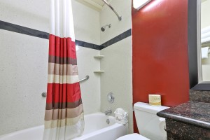 Red Roof Inn - Updated Bathroom