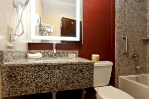 Red Roof Inn - Modern Bathrooms